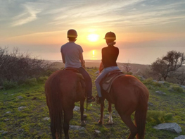 romantic-horse-ride-sea-of-galilee-1024x768